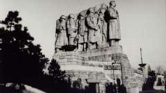 """Прага, памятник сталину. История монумента """"народ чехословакии - своему освободителю"""""""