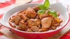 Рецепт гуляша из куриной грудки на любой вкус