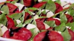 """Рецепт салата """"капрезе"""" классический (с фото)"""