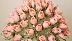 Розы из гофрированной бумаги – своими руками создаем необычные букеты