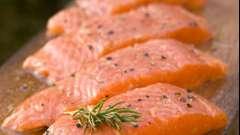 Рулеты из сыра с начинкой: варианты начинок и способы приготовления