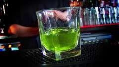 С чем абсент пьют? Чем его разбавлять и в какой пропорции?