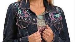 С чем носить джинсовые куртки: модные тенденции
