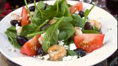 Салат греческий с креветками. Рецепт с фото
