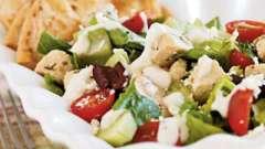 Салат греческий с курицей - готовим легко и с удовольствием