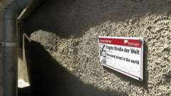 Самая узкая улица в мире из книги рекордов гиннеса
