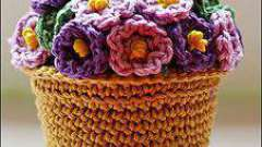 Схемы вязания крючком цветов в горшках. Красивые вязаные цветы: описание