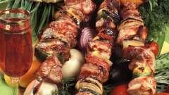Сочный шашлык из свинины: выбор правильного маринада