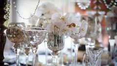Стеклянная свадьба - это сколько лет? Что дарят на стеклянную свадьбу?
