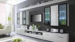 Стенка под телевизор недорого и современно: выбор, сборка