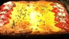 Свинина с помидорами и сыром в духовке - несколько вариантов приготовления