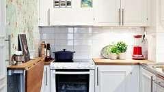 Такие разные кухонные столы для маленькой кухни