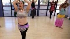 Танец живота для начинающих поможет женщине стать ещё обольстительнее