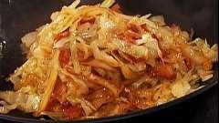 Тушена капуста с картошкой: несколько рецептов приготовления