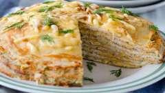 Вкусный блинный пирог с грибами и курицей