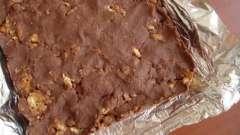Вкусный торт из печенья: «рыбок» и других фигурок