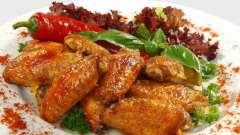 Запекаем куриные крылышки в горчично-медовом соусе